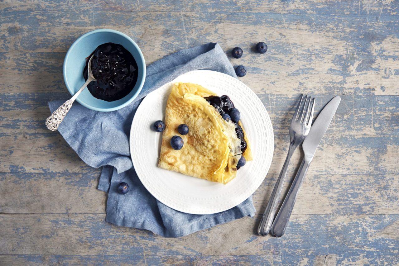 Pannekaker med blåbærsyltetoy